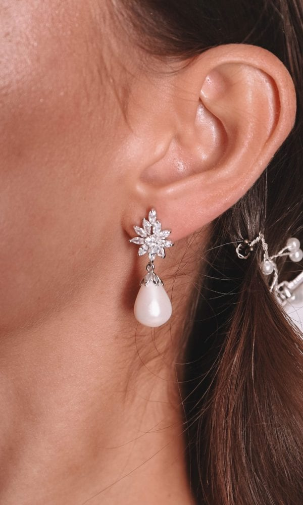 Vinka Design Bridal Accessories - Bridal earrings - Candice - available from Vinka Design Auckland bridal store. Pearl drop