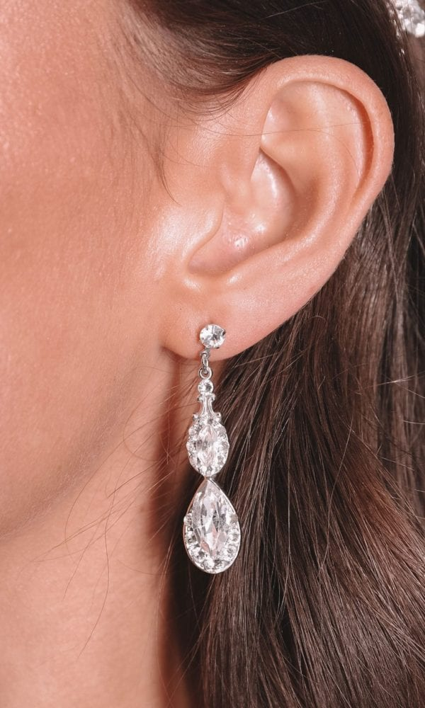 Vinka Design Bridal Accessories - Bridal Earrings - Sia - available from Vinka Design Auckland bridal store. stunning drop earrings