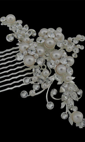 Chance Pearl Hair Comb Headpiece from Vinka Design Wedding Accessories