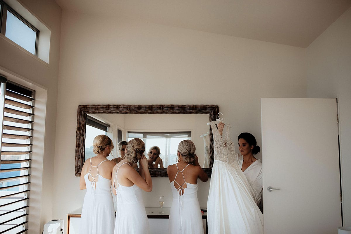 Real Weddings | Vinka Design | Real Brides Wearing Vinka Gowns | Lauren and Martyn - bridesmaids getting ready