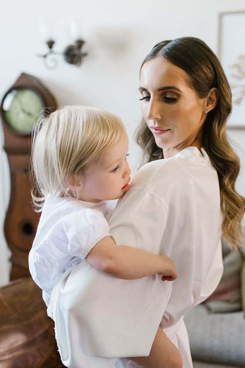 Vinka Design Features Real Weddings - Sarah and Cam wedding - Bride with child