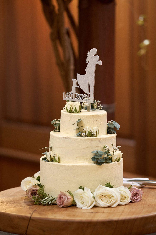 Emma and Marty - wedding cake